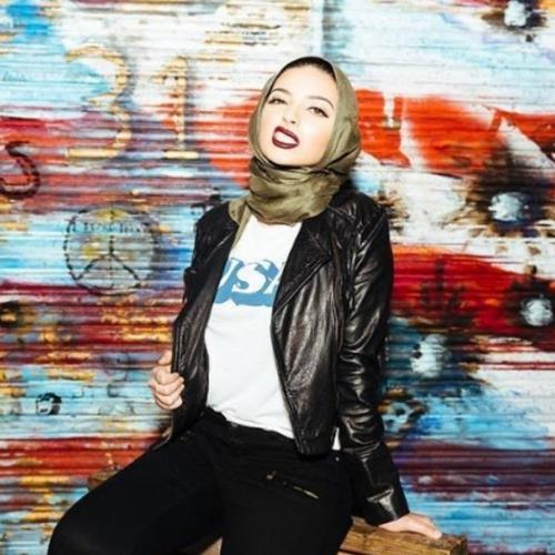 La journaliste musulmane voilée Noor Tagouri dans les pages de Playboy