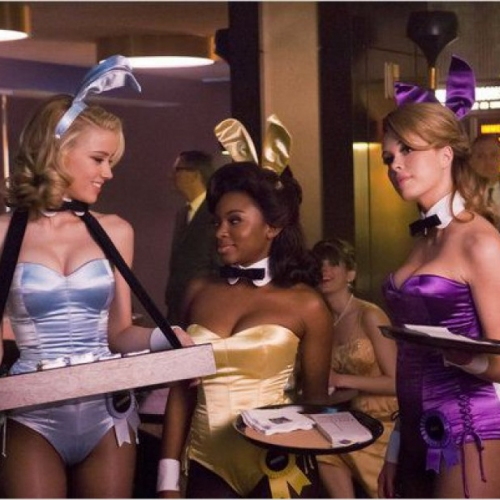 Playboy et ses Bunny girls